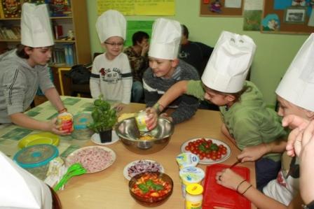 Zdrowe Danie Dziecięce Gotowanie Bank żywności Sos W Warszawie